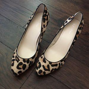 """❤️Calvin Klein """"Emmy"""" leopard print pump❤️size 8.5"""